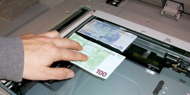 Schüler (15) fälschte 3.000 Euro