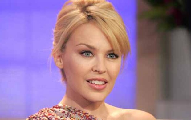 Kylie Minogue wirft ihren Ärzten Pfusch vor