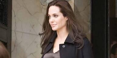 Schwangere Angelina Jolie strahlt wieder