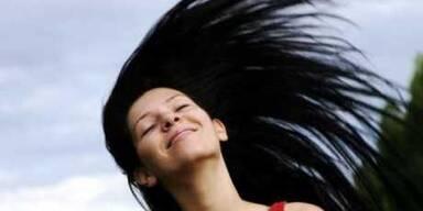 Schönheitsmakel: Fettiges Haar