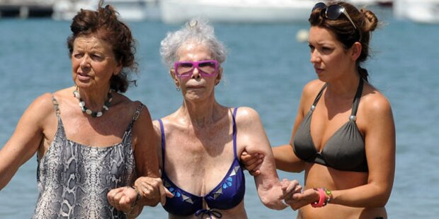 Herzogin von Alba: Rüstige Bikini-Beauty
