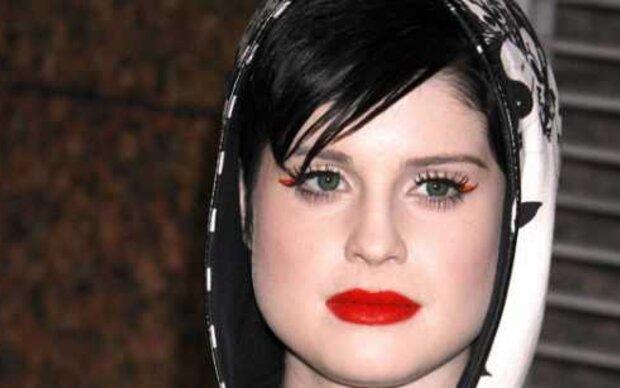 Der Preis für das bizarrste Outfit geht an Kelly Osbourne