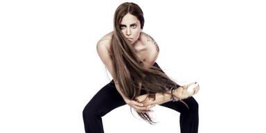 Lady GaGa posiert mit Arm-Prothese!