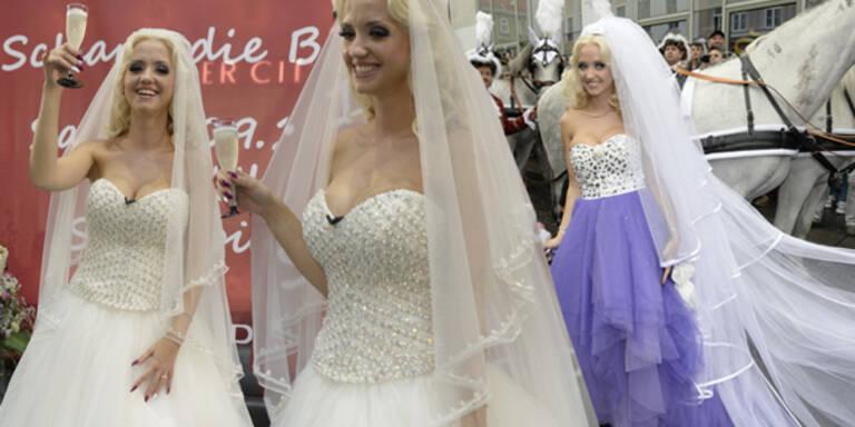 Das ist Spatzis Hochzeitskleid