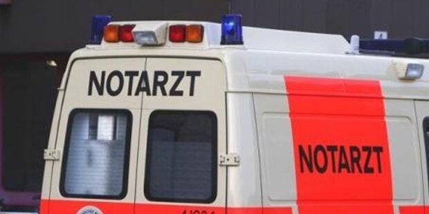 17-Jähriger stundenlang im Auto eingeklemmt