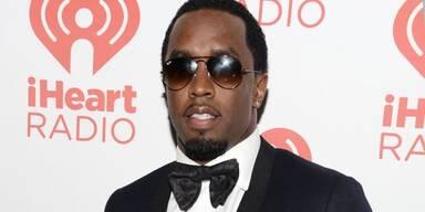 Peinlich: P. Diddy stürzt von Bühne!