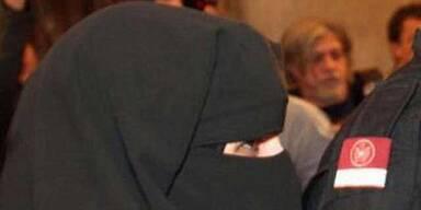 Islamisten-Frau vom Prozess ausgeschlossen