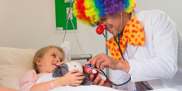 So helfen die Clown-Einsätze den Patienten