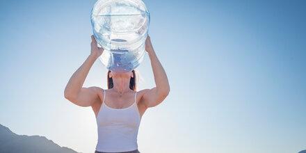 Das passiert, wenn Sie zu viel Wasser trinken