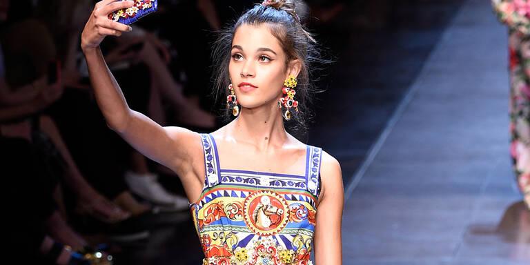 Selfie-Show bei Dolce & Gabbana