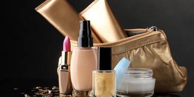 So sieht die Kosmetiktasche von Frauen aus