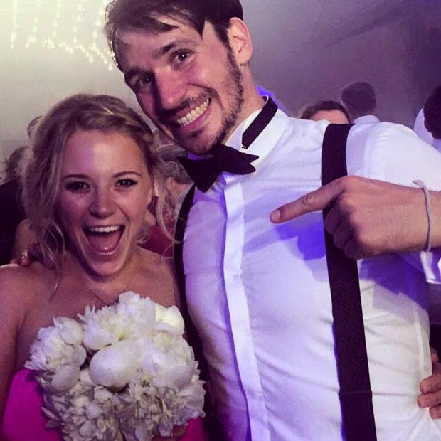 Schweinsteiger-Hochzeit: Miriam Gössner fing den Brautstrauß