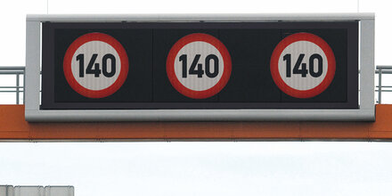 """Hofer: """"Tempo 140 auf zwei Drittel der Autobahnen"""""""