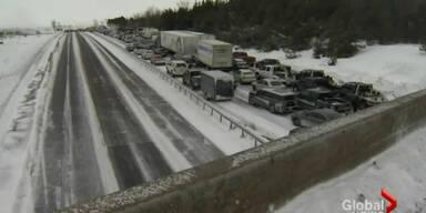 Massencrash in Kanada – 96 Unfallfahrer
