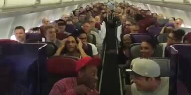 Musikalische Meisterleistung in einem Flugzeug