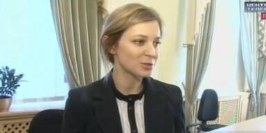 Sexy Krim-Staatsanwältin hat jetzt ein Musikvideo