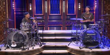 Ferrell und Smith liefern sich Schlagzeugduell
