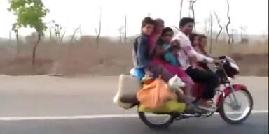 Familienausflug mit Motorrad