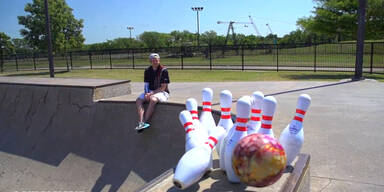 Unglaubliche Bowling-Tricks