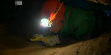 Forscher in 1.000 Metern Tiefe gefangen