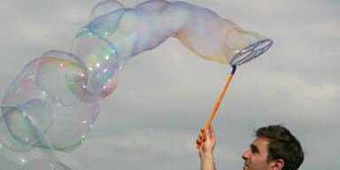 Gigantische Seifenblasen