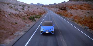 Dieses Auto stößt nur Wasser aus
