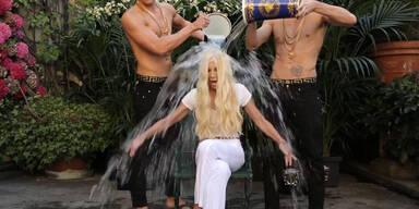 Ice Bucket: Donatella Versace