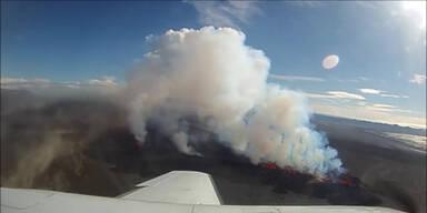 Rundflug über den Island-Vulkan