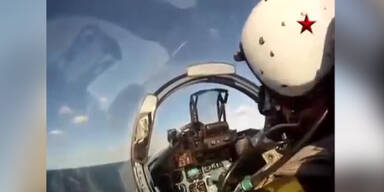 Russischer Kampfjet Sukhoi Su 33