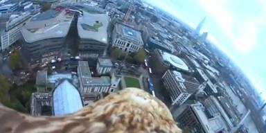 Adler-Cam fliegt über London