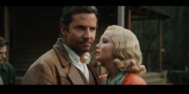 "Lawrence und Cooper in ""Serena"""