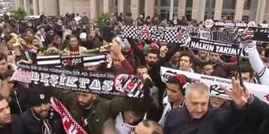Fußball-Fans in Istanbul vor Gericht