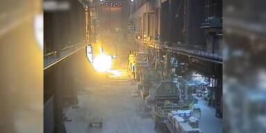 Gewaltige Explosion in Stahlfabrik
