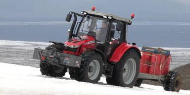 Mit Traktor zum Südpol