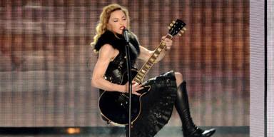 Kopie von Madonnas Tourkostüme