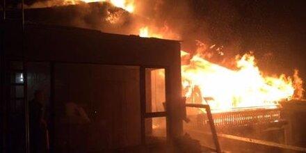 Maria Alm: Hotel-Brand brach am Balkon aus!