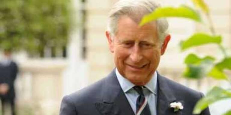 Flirtet Prinz Charles mit seiner Floristin