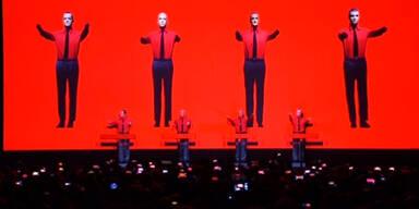 """""""Kraftwerk"""" begeistern Fans"""