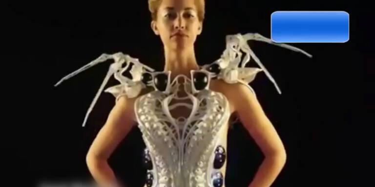 Dieses Kleid fährt die Krallen aus