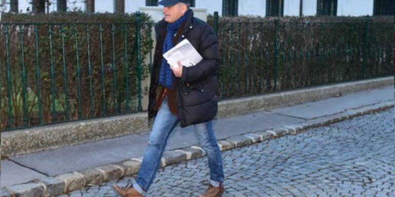 Ernst Strasser auf Freigang