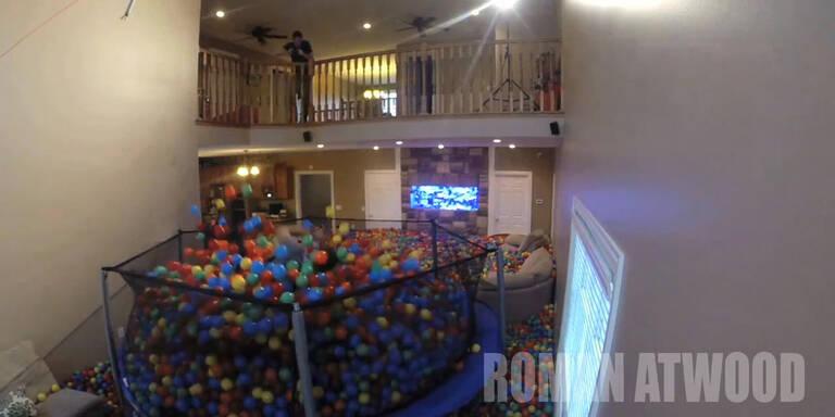 Haus wird Mega-Ballgrube