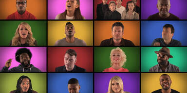 Stars singen 'We Are The Champions'