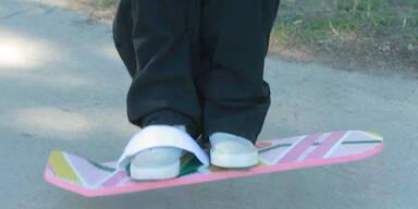 Hoverboard-Fahren im Park