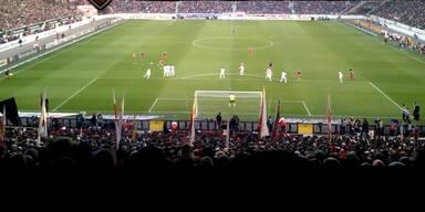 Alaba erzielt Traumtor bei Bayern-Sieg