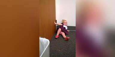 Wutanfall: Mädchen will keine Schwester