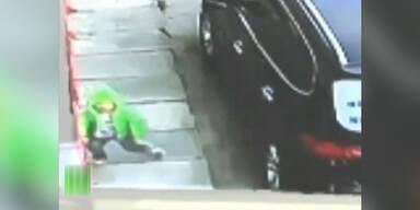 Bub (3) stürzt aus 3. Stock – unverletzt!