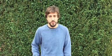 Alonso spricht zu seinen Fans