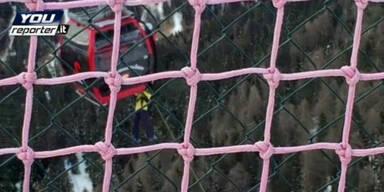 Rund 200 Touristen aus Seilbahn gerettet