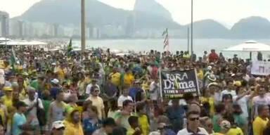 Brasilianer demonstrieren gegen Präsidenten