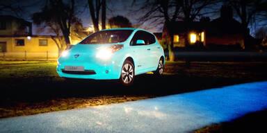 Auto leuchtet von selbst